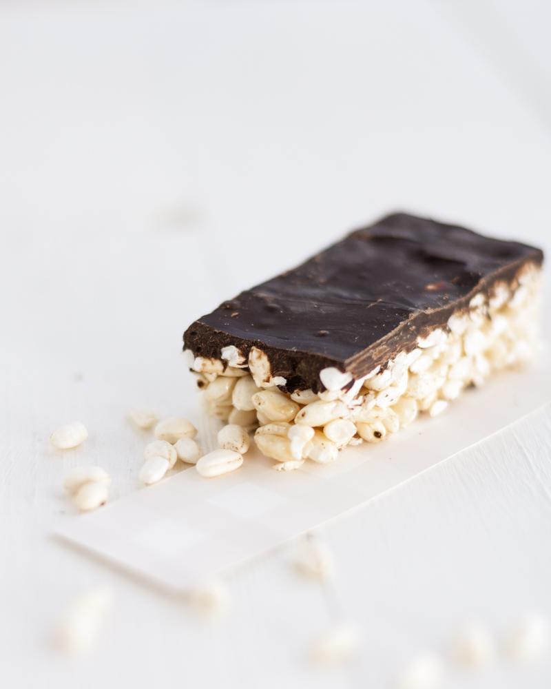 barrette di riso soffiato con cioccolato fondente